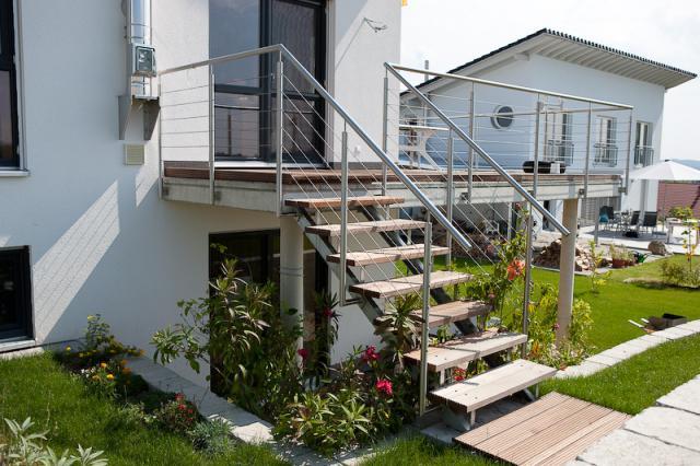 schody zewn trzne stumet schody i konstrukcje stalowe ogrodzenia zadaszenia balustrady. Black Bedroom Furniture Sets. Home Design Ideas